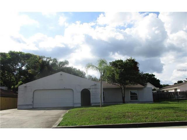 718 Forest Hills Dr, Brandon, FL 33510
