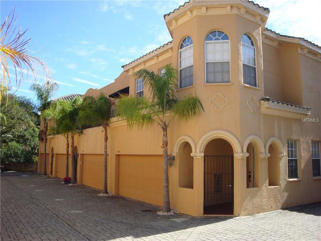 2906 Hansen Manor Ln, Tampa, FL 33611