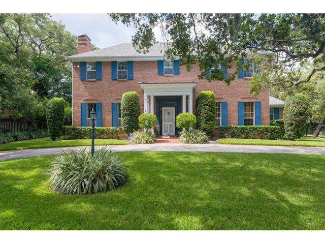 2911 W Hawthorne Rd, Tampa, FL 33611