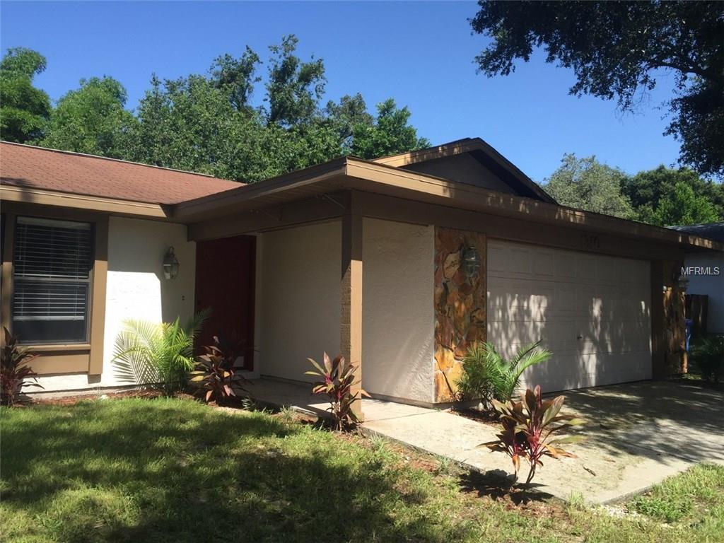 1310 Oakcrest Drive, Brandon, FL 33510