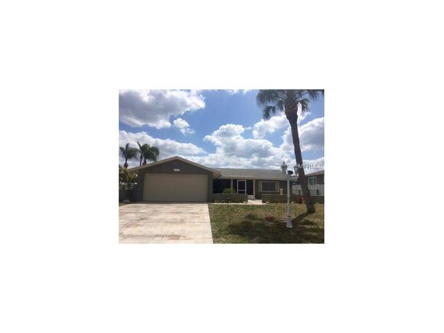 922 Spindle Palm Way, Apollo Beach, FL 33572
