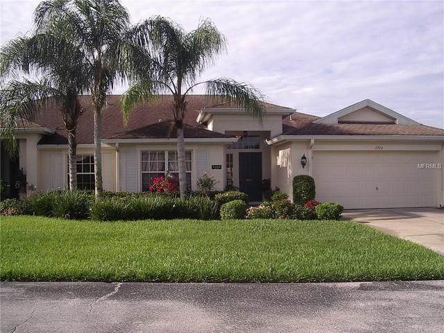 2204 Brookfield Greens Cir, Sun City Center, FL 33573