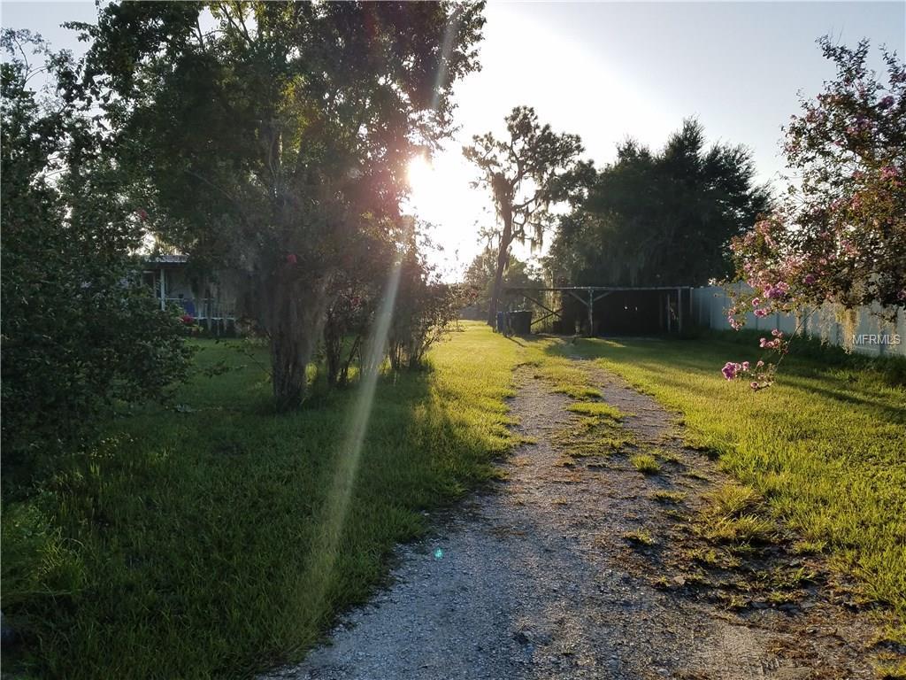 10916 Lani Lane, Lithia, FL 33547