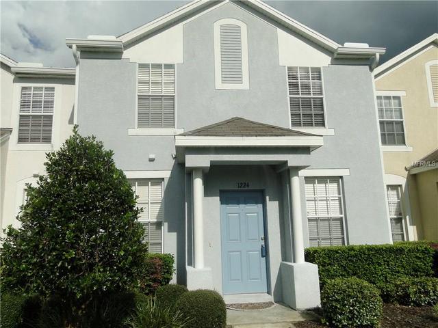 1224 Charlesworth Dr, Wesley Chapel, FL 33543
