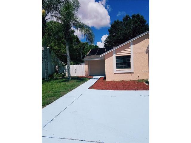 3224 Fox Lake Dr, Tampa, FL 33618
