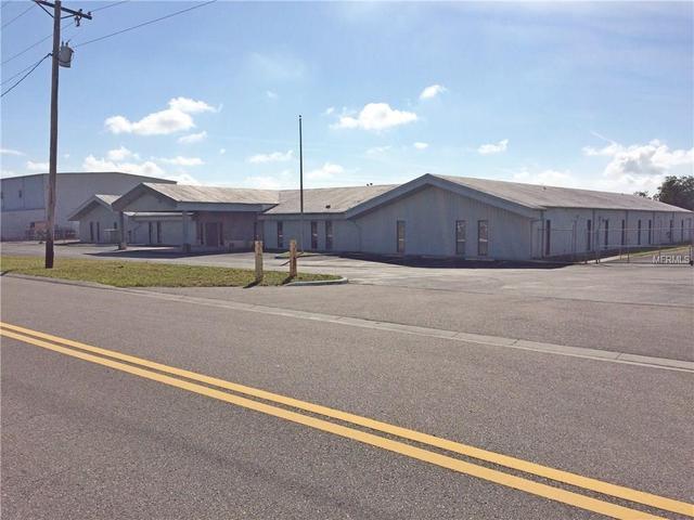 3108 Central Dr, Plant City, FL 33566
