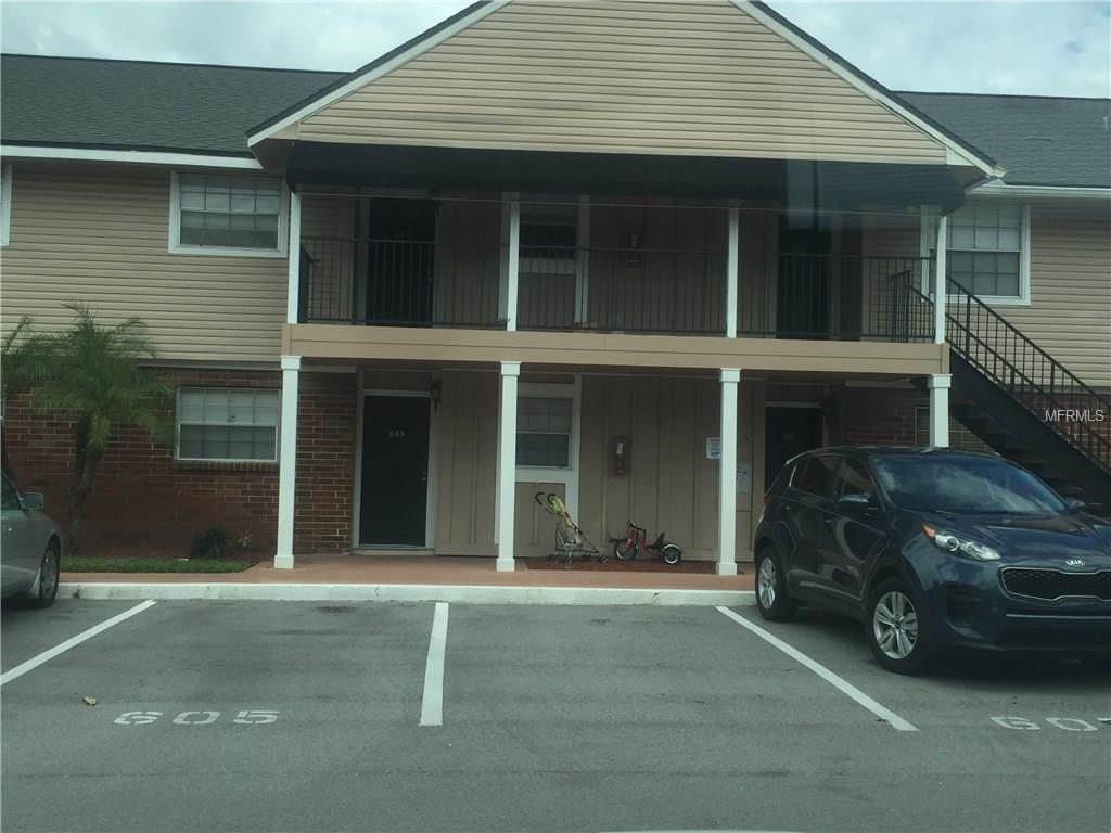 200 Country Club Dr #606, Largo, FL 33771