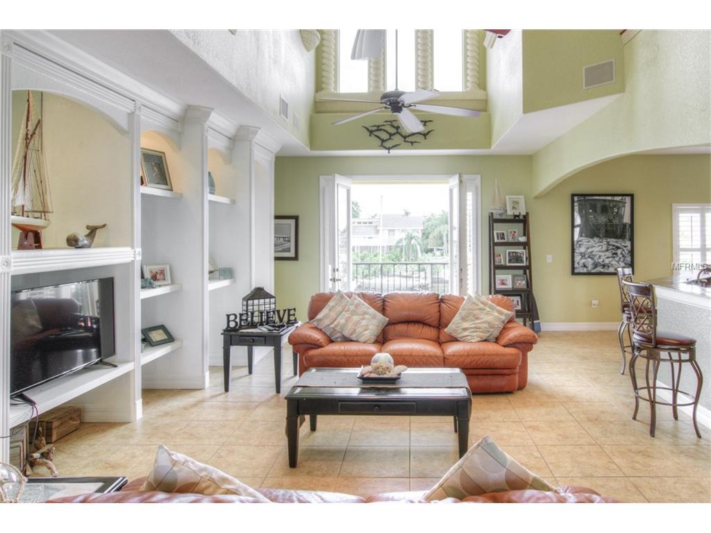 804 Chipaway Drive, Apollo Beach, FL 33572