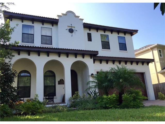 3608 W Royal Palm Cir, Tampa, FL 33629