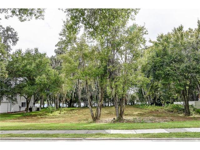 309 S Riverhills, Temple Terrace, FL 33617