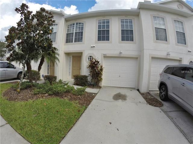 9856 Ashburn Lake Dr, Tampa, FL 33610