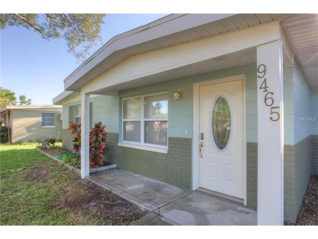 9465 Groveland St, Seminole, FL 33772