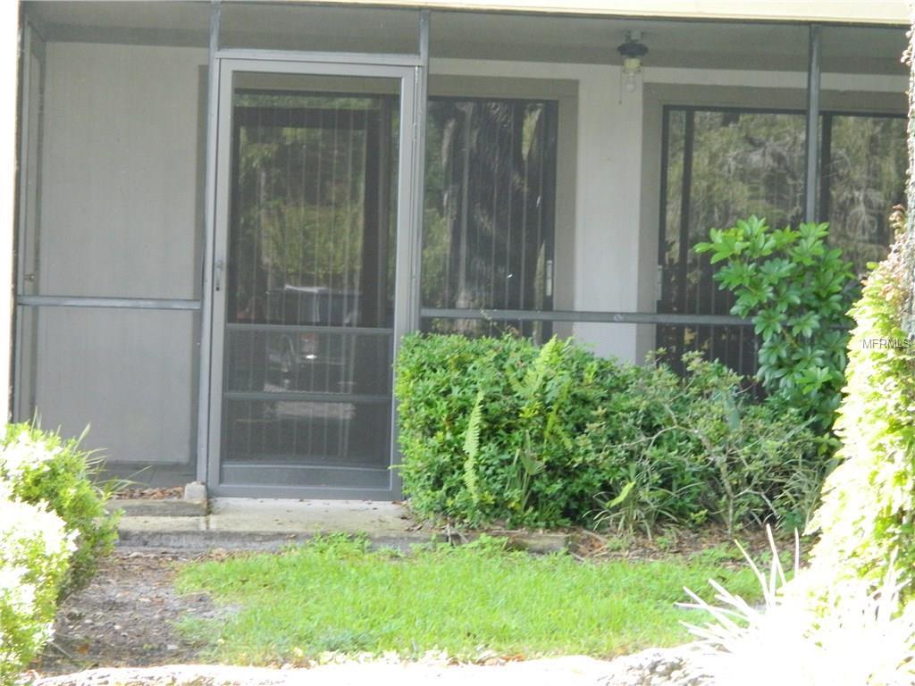 6018 Laketree Ln #E, Temple Terrace, FL 33617