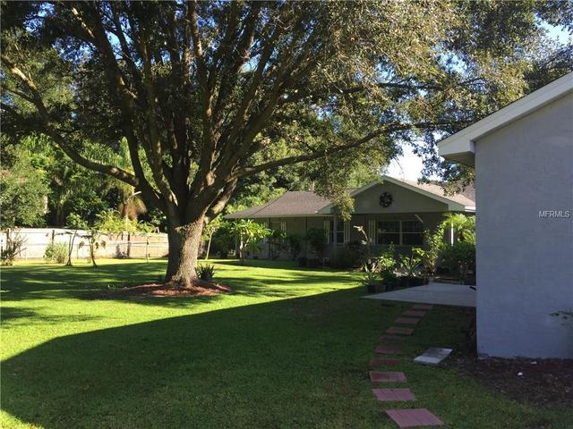 1417 Pinetree Cir, Wimauma, FL 33598