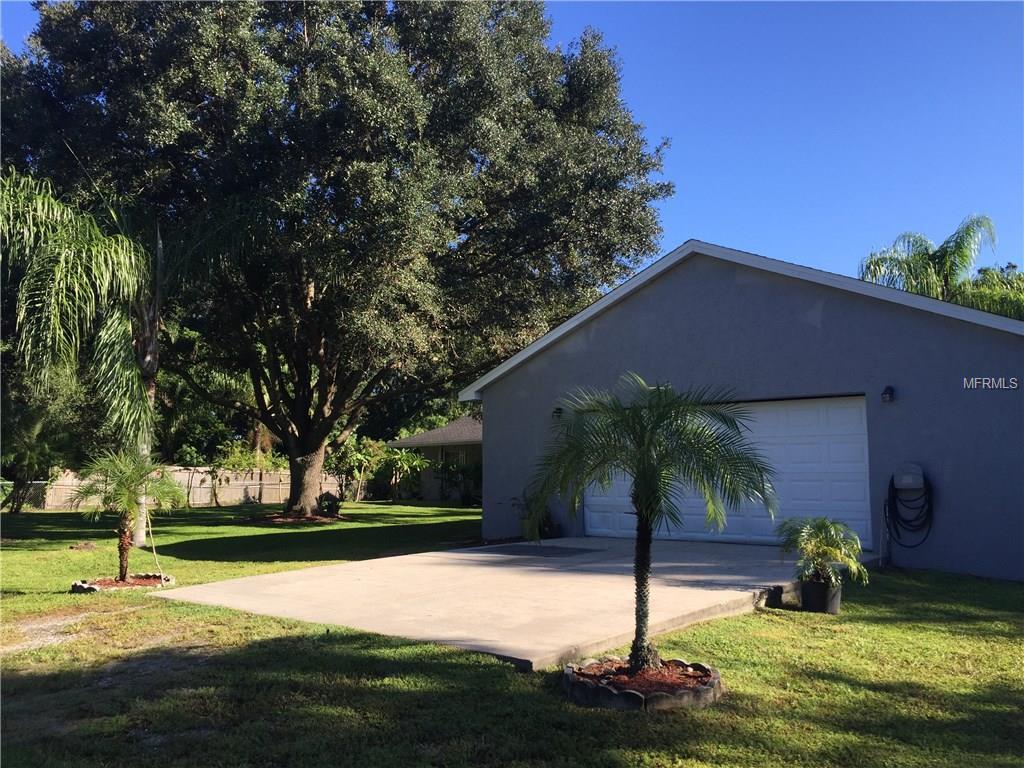 1417 Pinetree Circle, Wimauma, FL 33598