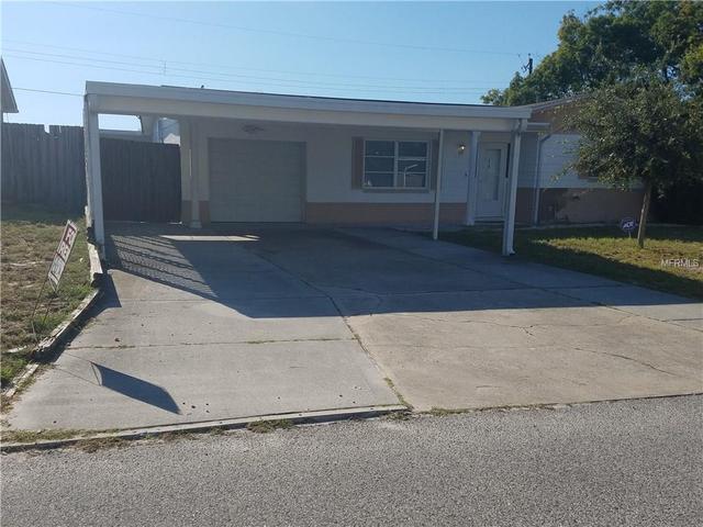 3527 Oakhurst Dr, Holiday, FL 34691