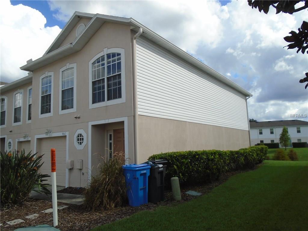 9861 Ashburn Lake Drive, Tampa, FL 33610