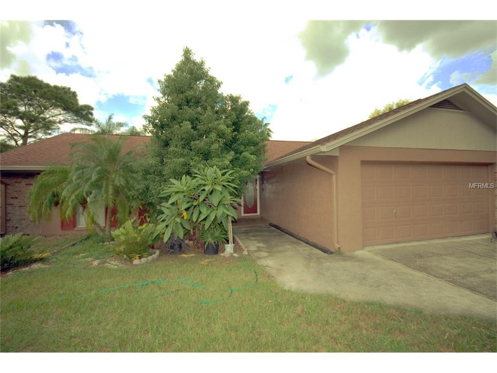 601 Rollingwood Ln, Valrico, FL 33594