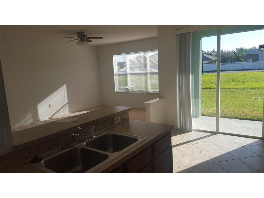 521 Glenn Cross Drive, Ruskin, FL 33570