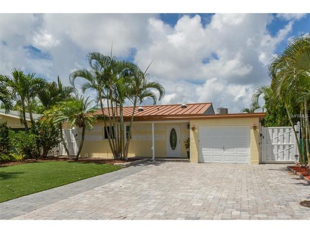 17780 Wall Cir, Redington Shores, FL 33708