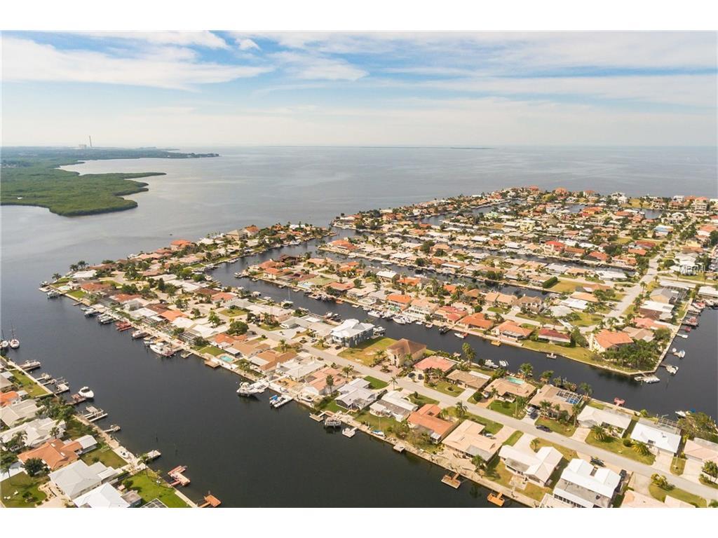 5024 Galleon Court, New Port Richey, FL 34652
