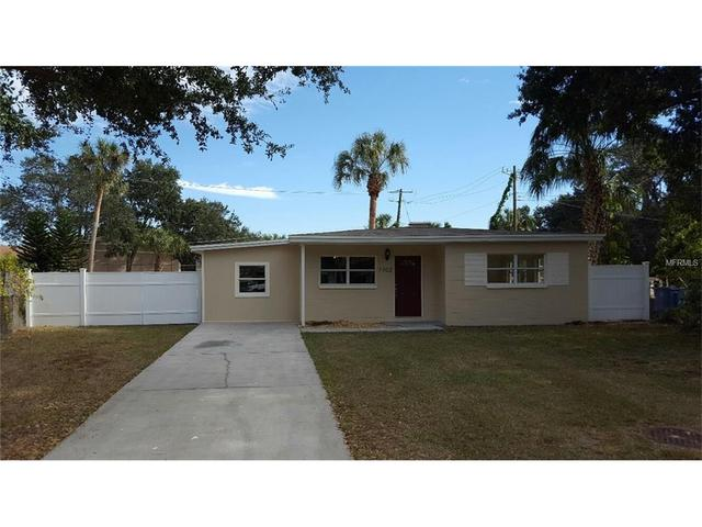 7702 Brookside Ln, Tampa, FL 33615