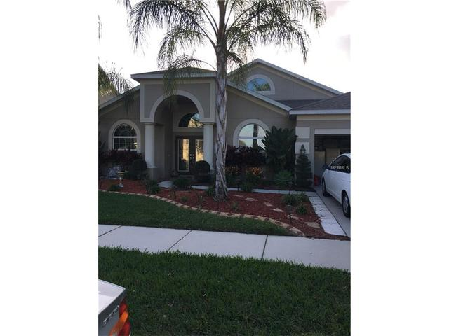 10764 Breaking Rocks Dr, Tampa, FL 33647