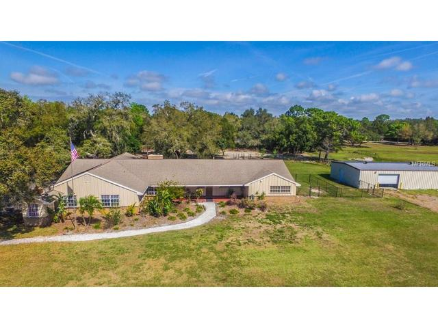 9739 Sunbeam Dr, New Port Richey, FL 34654