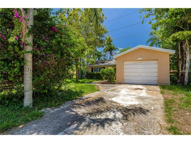2512 Fawn CtClearwater, FL 33761