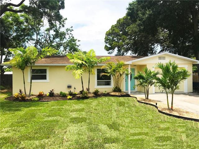 1417 Pearl St, Nokomis, FL 34275