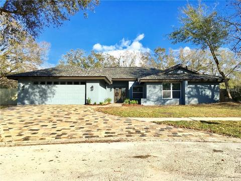 14601 Village Glen Cir, Tampa, FL (25 Photos) MLS# T2932336