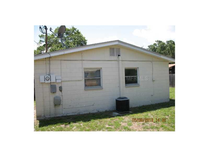 4523 Picadilly St, Tampa FL 33634