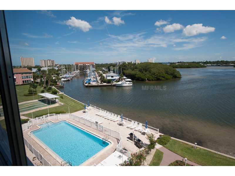 1847 S Shore Dr 501, Saint Petersburg FL 33707