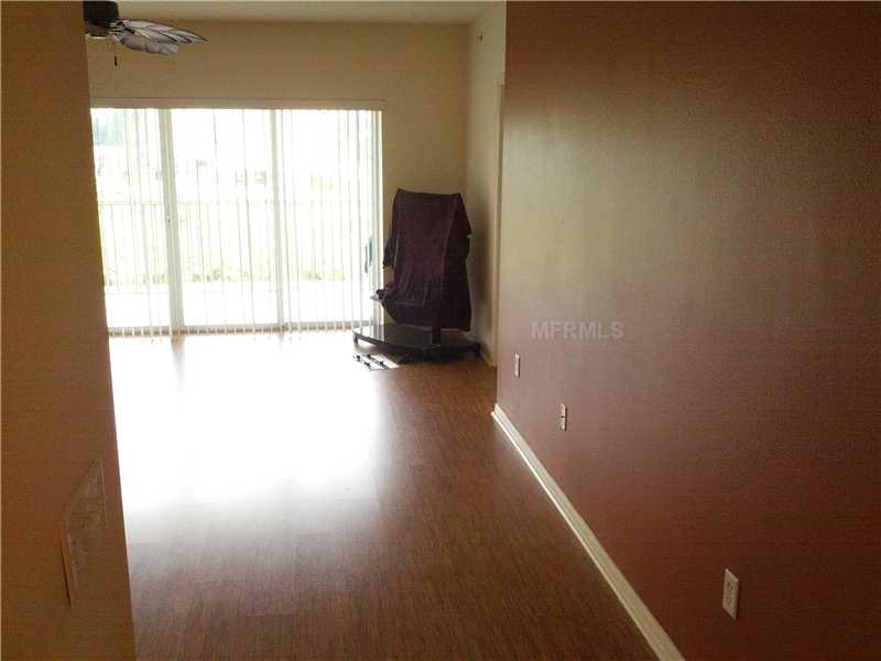 1200 Country Club Dr 4205, Largo FL 33771