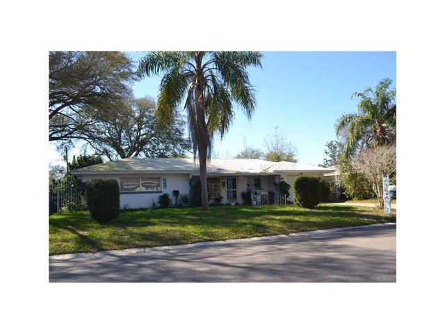 904 Sevard Ave, Clearwater, FL 33764