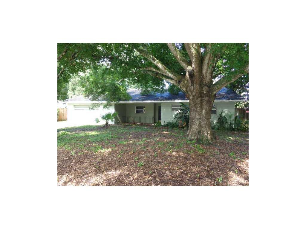 11706 Country Club Pl, Tampa, FL