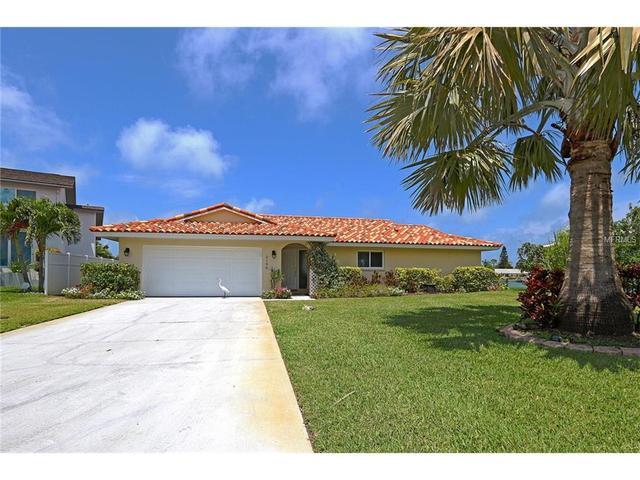2166 Louisa Dr, Belleair Beach, FL 33786