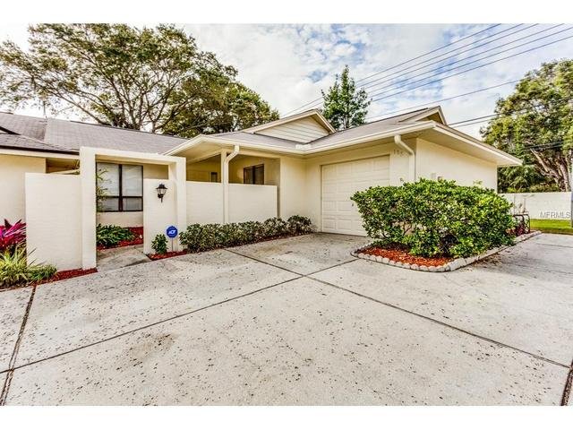 106 Colony South Dr, Tarpon Springs, FL