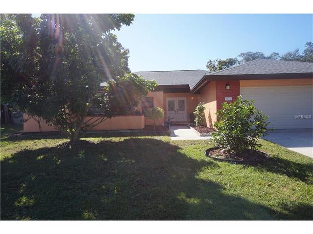 2824 Longleaf Ln, Palm Harbor, FL