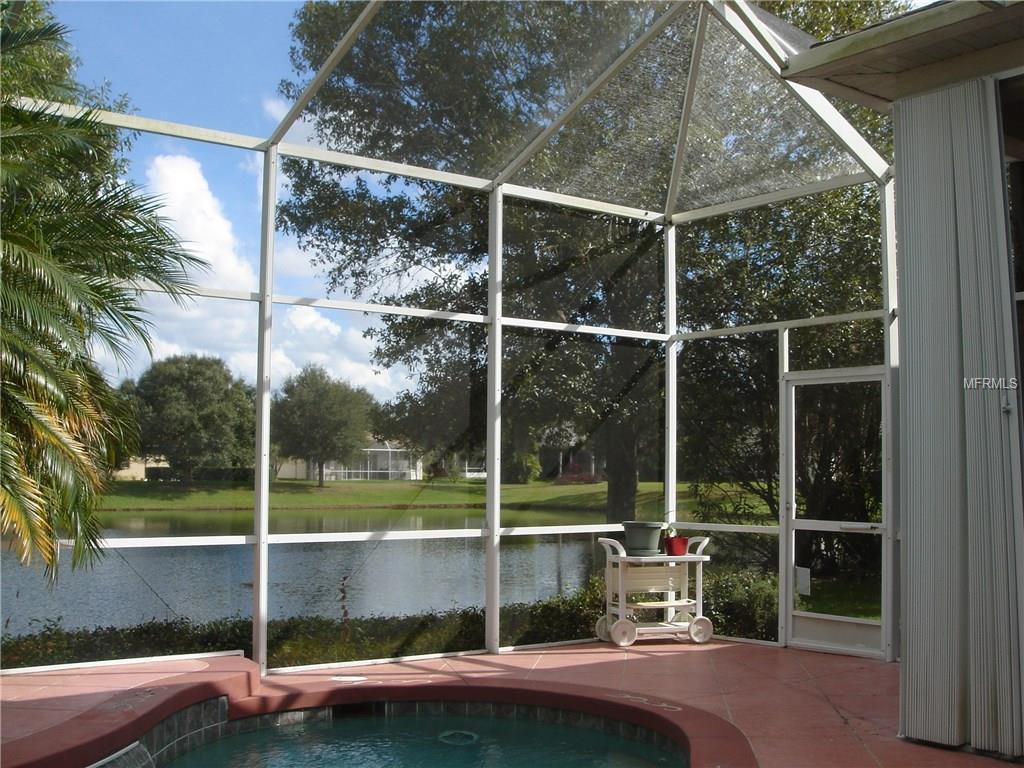 6737 Carlyle Ln, Sarasota, FL