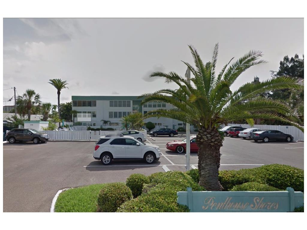 661 Poinsettia #APT 303, Clearwater Beach, FL
