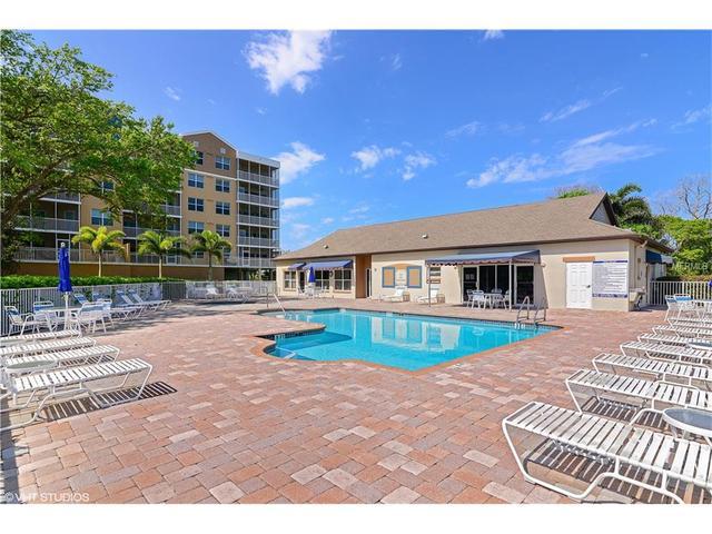 960 Starkey Rd #APT 6203, Largo, FL