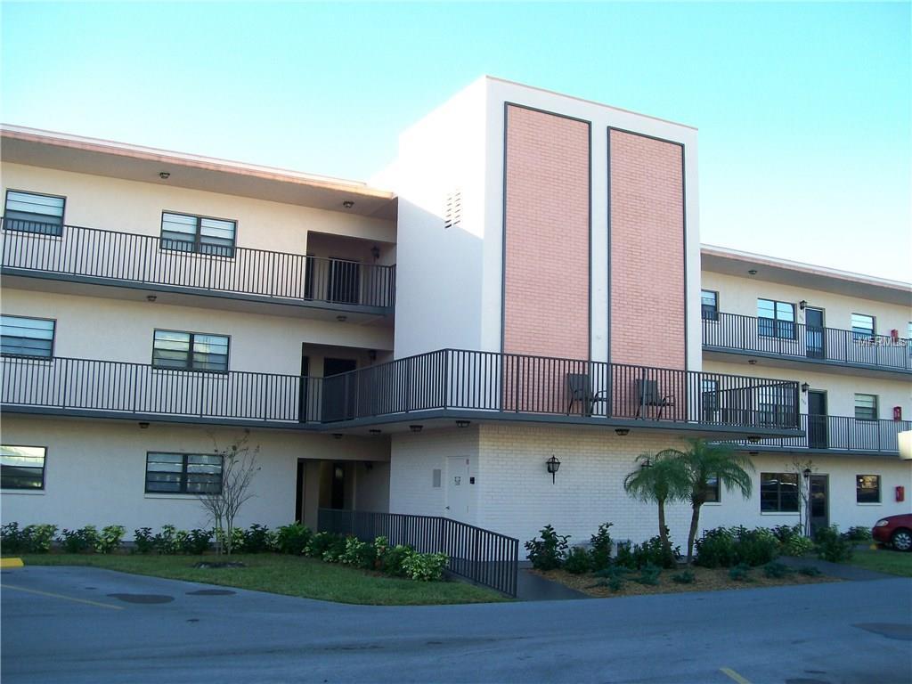 5971 Terrace Park Dr #APT 303, Saint Petersburg, FL