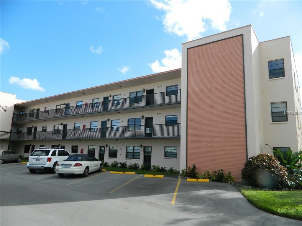 5971 Terrace Park Dr #APT 202, Saint Petersburg, FL