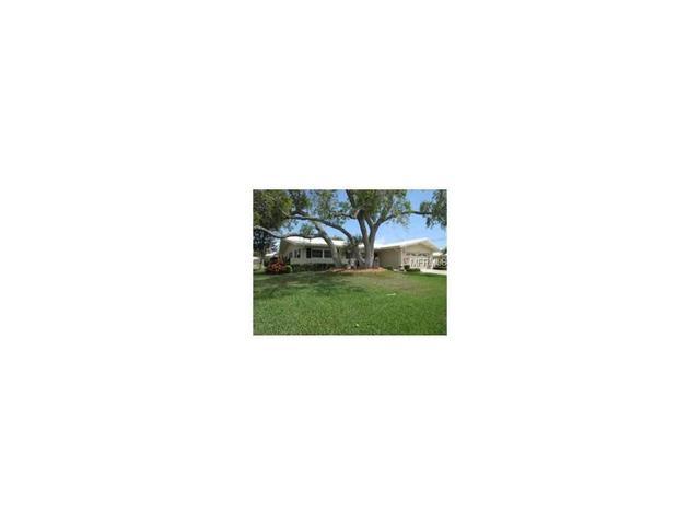 10487 Monarch Dr, Largo FL 33774