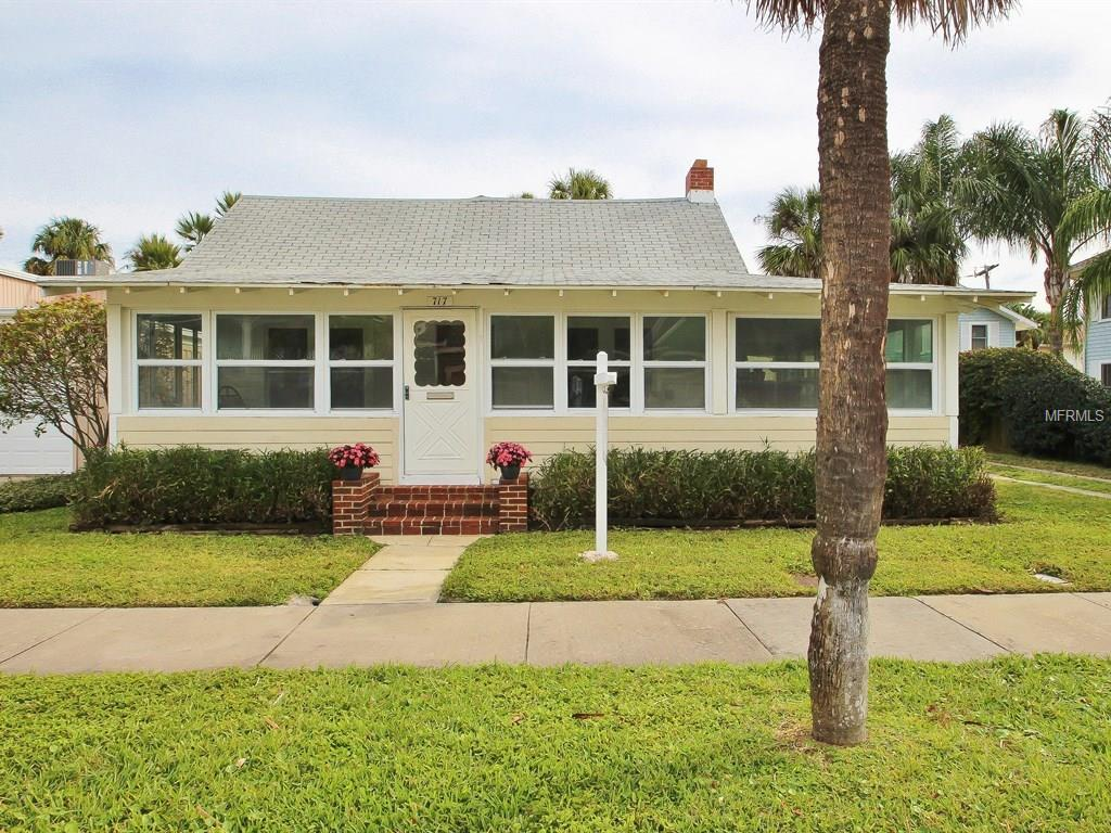 717 Eldorado Ave, Clearwater Beach, FL
