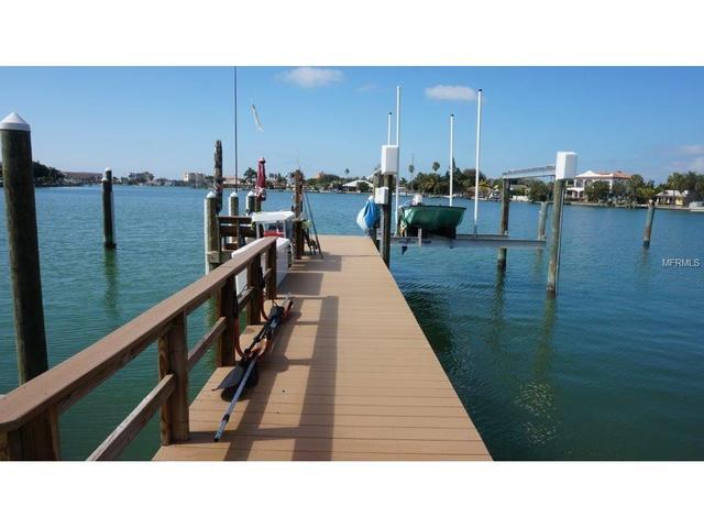 10300 Paradise Blvd, Treasure Island, FL 33706