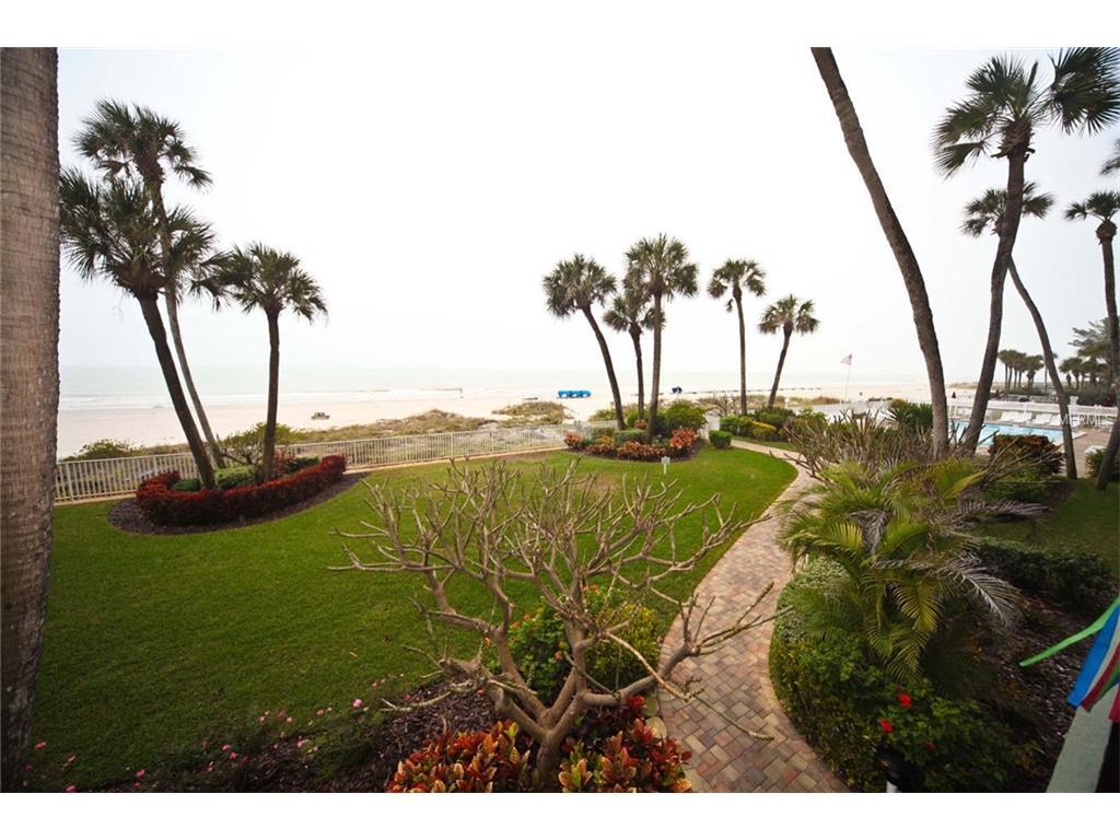 20000 Gulf Blvd #APT 204, Indian Rocks Beach, FL