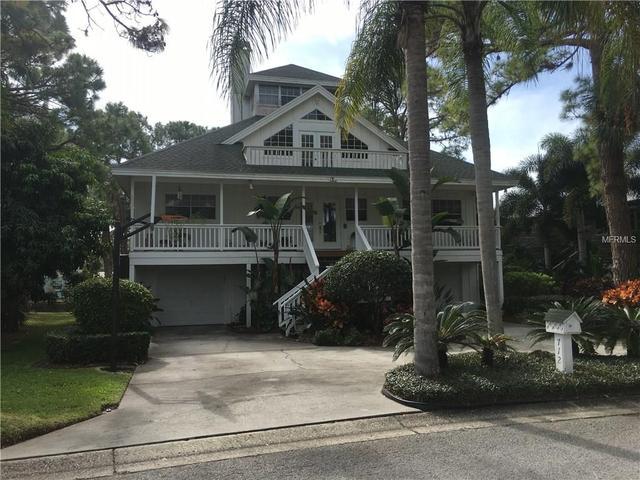 712 Soundview Dr, Palm Harbor, FL