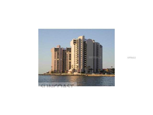 450 S Gulfview Blvd #APT 301, Clearwater Beach FL 33767